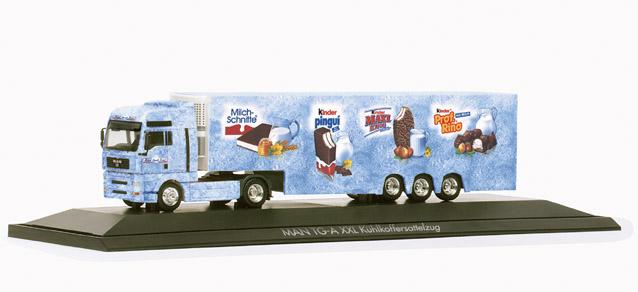 Ferrero MAN TGA XXL refrigerated box semitrailer Ferrero Herpa 120296 1