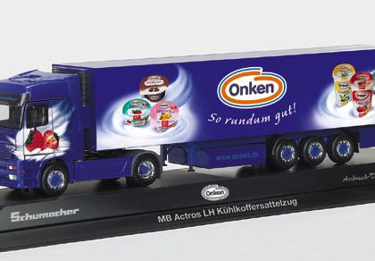 """Mercedes-Benz Actros LH refrigerated box semitrailer """"Schumacher/Onken"""", PC - Herpa 120463"""