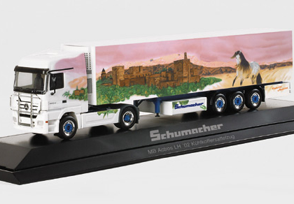 """Mercedes-Benz Actros LH '02 refrigerated box semitrailer """"Schumacher Andalusia"""", PC Herpa 120562"""