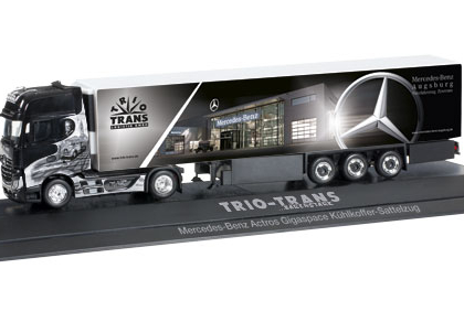 """Mercedes-Benz Actros Gigaspace refrigerated box semitrailer """"Trio-Trans"""" - Herpa 121644"""