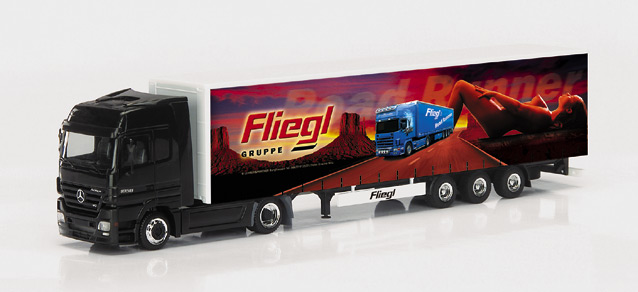 "Mercedes-Benz Actros LH road train ""Fliegl Road Runner"" Herpa 149389"