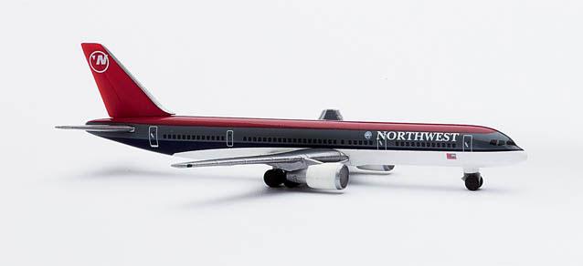 Northwest Airlines Boeing 757-200 (with KLM Logo) – Herpa 503716 1