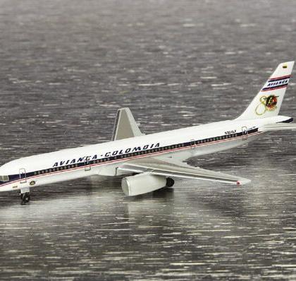 "Avianca Boeing 757-200 ""80 a?os"" - Herpa 510103"