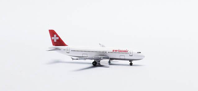 Swissair Airbus A320-200 - 513012