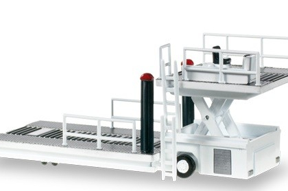 Scenix Container Loader 1.200 scale  - Herpa 557542