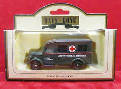 Army Bedford Ambulance MBH FAMAGUSTA - Lledo 64003