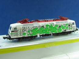 DB Class 120 141-7 Dresdener - Trix 12655