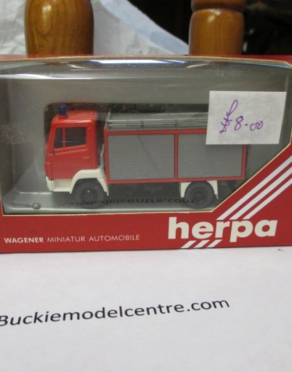 Fire Truck  Mercedes Tender - Herpa 817000