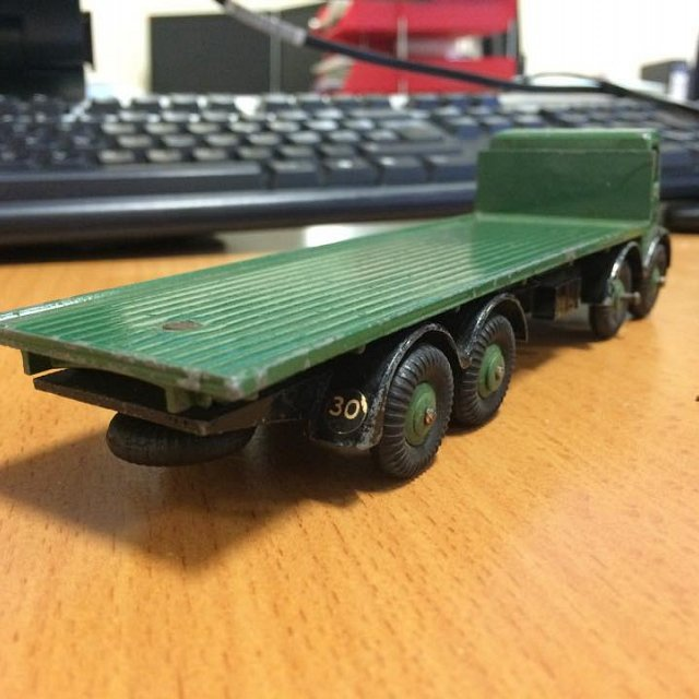 Dinky Foden 8 wheeled lorry 1