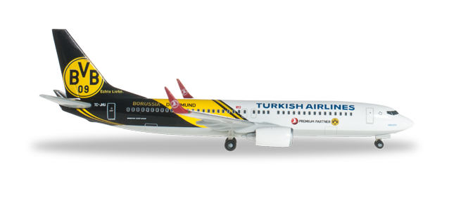 "Turkish Airlines Boeing 737-800 ""BVB 09 Borussia Dortmund"" - 526357"